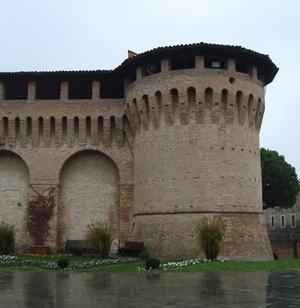 Rocca Albornoziana. 1360-61. Part. di un torrione angolare. Forlimpopoli